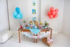 mesa simples para festinha em família