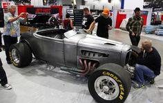 sema 2013 show car 1932 ford roadster bryan fuller jethot coatings all wheel drive awd boss 429 jon kaase kurt urban bare metal012 650x414 photo