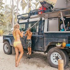 Land Rover Defender 110, Landrover Defender, Beach Cars, Offroader, Volkswagen, Off Road Adventure, Van Camping, Tiny House Movement, Tiny House On Wheels