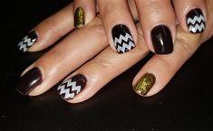 Day 47: Fun Abstract Nail Art - - NAILS Magazine. #nails #nailart #nailpolish  #naildesigns #nailartdesigns  #nailartclub #nailartwow  #abstract #abstractart  #abstractpainting  #nailsideas #abstractnailart Feather Nail Art, Rose Nail Art, Flower Nail Art, Chevron Nail Art, Yellow Nail Art, School Nail Art, Harry Potter Nail Art, Wave Nails, Glow Nails