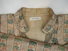 Armenia or Turkey, robe, silk brocade, metal wrap thread embroidery, 19th c, detail