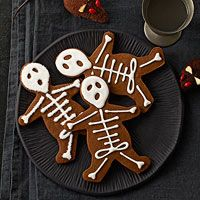 Skeleton cookie recipe; uses gingerbread cookie cutter /v