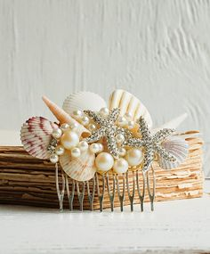 Beautiful Bridal HAIR COMB with Sea Shells & Rhinestone Starfish get it from my Etsy shop This one of a kind hair comb has beaut. Loose Wedding Hair, Beach Wedding Hair, Bridal Hair, Bridal Headpieces, Summer Wedding, Simple Wedding Hairstyles, Beach Hairstyles, Hairstyle Men, Funky Hairstyles