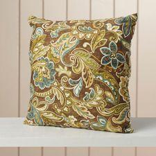 Wickford Indoor/Outdoor Throw Pillow