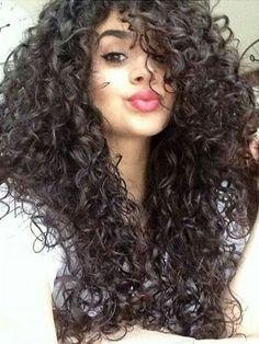 Great curls                                                                                                                                                                                 Más