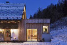Bauernhaus GERHART mit eigener Sauna für bis zu 12 Personen // Cottage GERHART with private sauna for up to 12 persons Private Sauna, Sauna House, Finnish Sauna, Relaxation Room, Up, Cottage, Wellness, Cabin, House Styles
