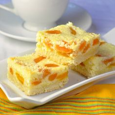 Apricot Coconut Cookie Bars