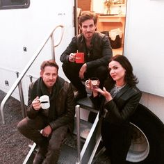 "Lana ParrilIa: ""I poisoned one of these mugs! Hahaha! #EvilQueenRoulette #SetThrowback #OnceUponATime"""