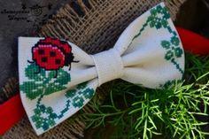 бабочка галстук вышивка - Cerca con Google