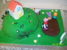 Peppa pig cake 2nd birthday