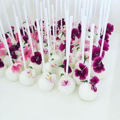 Floral pops #cakeink
