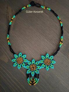 Bead Jewellery, Diy Jewelry, Jewelery, Handmade Jewelry, Seed Bead Patterns, Beaded Jewelry Patterns, Beaded Earrings, Beaded Bracelets, Bead Loom Designs