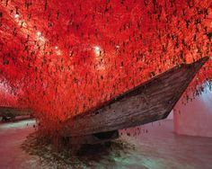 Mostre Milano. Chiharu Shiota - Follow the line