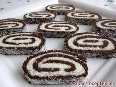 Sütés nélküli kókuszos rolád Czech Desserts, Slovak Recipes, Wonderful Recipe, Yams, Kakao, Christmas Cookies, Cookie Recipes, Cheesecake, Food Porn