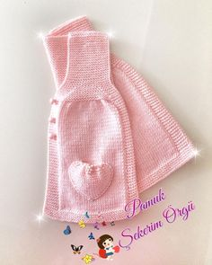 Fotoğraf açıklaması yok. Crochet Bebe, Knit Crochet, Crochet Hats, Knit Vest, Baby Cardigan, Baby Knitting Patterns, Crochet Patterns, Girls Sweaters, Diy Clothes