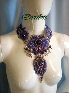 embroidered beaded jewelry    http://beadsmagic.com/wp-content/uploads/2011/09/embroidered_jewellery_27.jpg