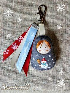 gri gri de sac poupée russe bonhomme de neige 001