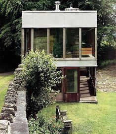 Solar Pavilion, or Upper Lawn Pavillion Alison and Peter Smithson . Up House, Tiny House, Building Exterior, Building A House, Pavillion, Suburban House, Small Buildings, Office Buildings, Brutalist