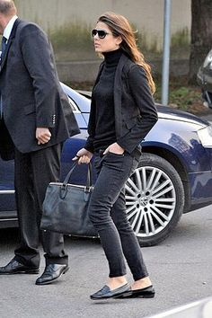 Carlota Casiraghi style- she embodies the timeless style that I am attracted to.