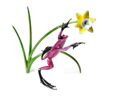 'Daffodil' limited edition bronze sculpture by Tim Cotterill - Aka. The Frogman. Available at www.artworx.co.uk