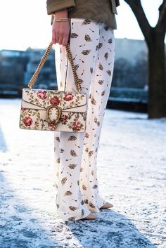 Berlin Fashion Week Streetstyle with gucci dionysus flower bag More on www.fashiioncarpet.com