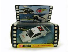 007 Lotus Espirit Dinky Car