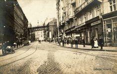 Prague Photos, Old Pictures, Czech Republic, Street View, Retro, Historia, Antique Photos, Old Photos, Retro Illustration