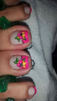 Uñas Pedicure Designs, Pedicure Nail Art, Toe Nail Designs, Toe Nail Art, Cute Pedicures, Cute Toe Nails, Different Nail Designs, Feet Nails, Artificial Nails