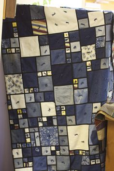 Fabulous denim quilt... looks like stained glass!