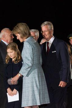 Le roi et la reine se trouvent à la fin du parcours du Front de Lumière.