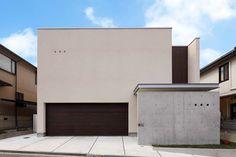 プライベートを確保した家族だけの中庭を持つ家|重量鉄骨造の家