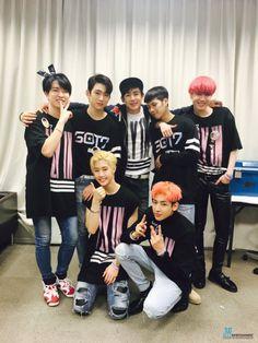 Nichkhun showed up at GOT7′s concert today.