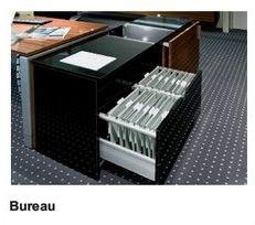 Häfele : système de tiroirs à double paroi MOOVIT. Il permet de nouvelles conceptions pour les bureaux, mais aussi pour les cuisines, séjours, salles de bain, laboratoires et magasins.
