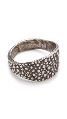 Lauren Wolf Jewelry Серебряное кольцо Stingray Signet