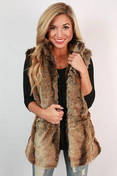 266c54ec55382 Fancy Living Faux Fur Vest Leggings Outfit Winter
