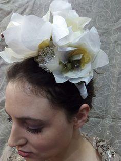 Tocado de novia Crown, Earrings, Jewelry, Fashion, Templates, Bridal Headpieces, Grooms, Ear Rings, Moda