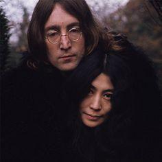 В России впервые покажут фотоисторию любви Джона Леннона и Йоко Оно