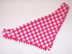Bandana slab roze-wit geruit met pompomband - www.handmadebyfrancien.nl