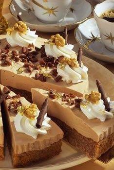 Walnuss-Schokoladen-Torte: http://kochen.bildderfrau.de/rezepte/rezept_walnuss-schokoladen-torte_108055.aspx  #torte
