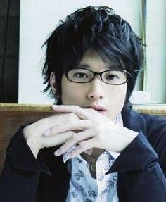 メガネ男子を貼るトピ Haruhi Suzumiya, Four Eyes, Lucky Star, Mens Glasses, How To Look Better, Hairstyle, Poses, Actors, Guys