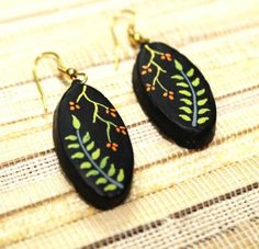 Shopo.in : Buy Handcrafted Black Leaf Hand Painted Terracotta Earring online at best price in New Delhi, India