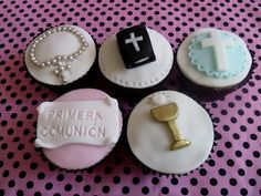 Comuniones First Communion Cakes, First Holy Communion, Fondant Cupcakes, Mini Cakes, Cupcake Toppers, Cake Pops, Oreo, Holi, Cake Decorating