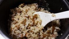 楽天が運営する楽天レシピ。ユーザーさんが投稿した「おかわり必至!吉野のとりめし♪」のレシピページです。大分の郷土料理です。あの「美○しんぼ」でも取り上げられました。しっかり味で、食物繊維も取れる混ぜご飯。お好みで具だくさんにしても♪是非一度、作ってみてください!。炊きたてごはん,鶏肉(むね、ももお好みで),ごぼう,●砂糖,●酒,●醤油,●みりん,●にんにくすりおろし(チューブ可)