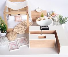 New Doll House Interiors Design Dollhouse Miniatures Ideas Modern Dollhouse Furniture, Diy Barbie Furniture, Miniature Furniture, Diy Dolls House Furniture, Ikea Dollhouse, Dollhouse Miniatures, Vintage Dollhouse, Victorian Dollhouse, Dollhouse Ideas