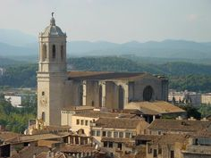 Google Image Result for http://www.espaname.es/learn-spanish-santander/img/Girona-%20catedral.jpg