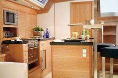 Hanse galley - I wish the kitchen in my apartment were this nice! Hanse Yachts, Big Yachts, Yacht Wedding, Yacht Party, South Of Spain, Building Companies, Motor Yacht, Speed Boats, Sailing