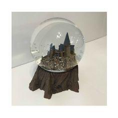 Wizarding World of Harry Potter Sculptured Castle Snow Globe