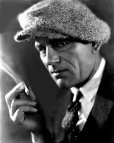 Lon Chaney. Played sinister parts in the old silent days. But this is a very odd hat. What size is it? About 10?