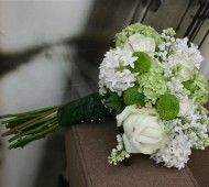 Summer Wedding Flowers For Bride And Bridesmaids