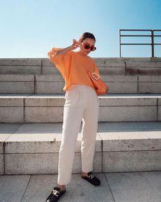 Paulien 🌙 (@paulienriemis) • Instagram-foto's en -video's Trouser Pants, Spring Fashion, Normcore, Photo And Video, Videos, Instagram, Style, Fashion Spring, Swag